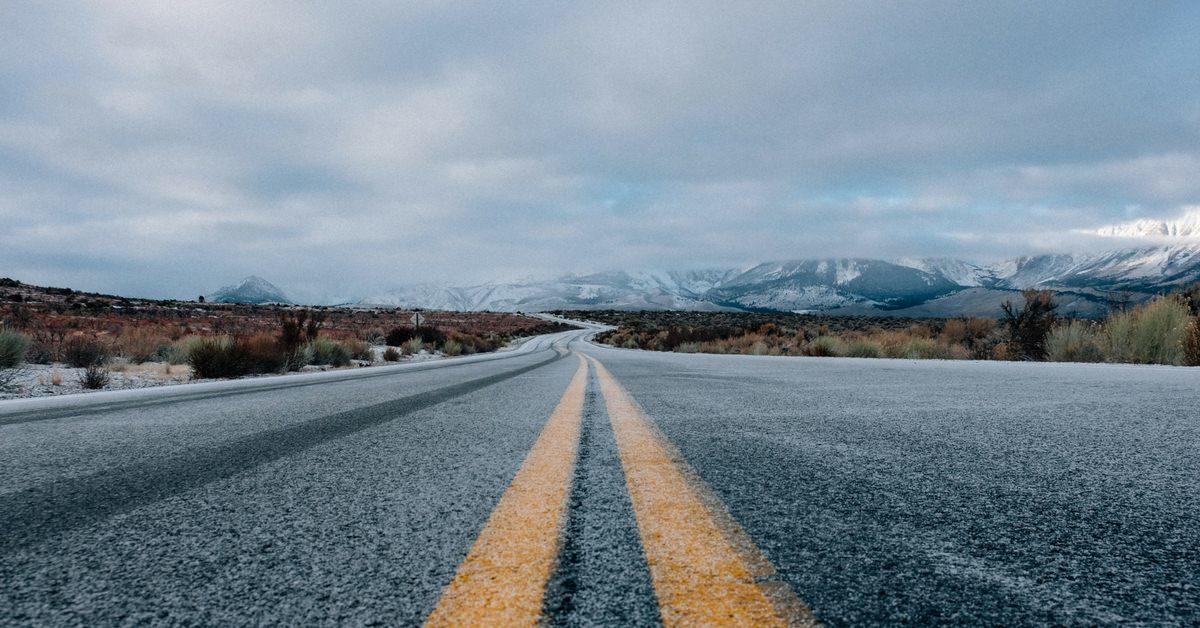 Wyjazd zimowy - zimowa aura na drodze