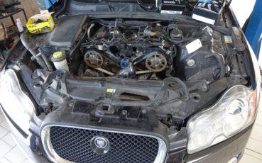 Jaguar XF 3.0 Diesel z 2013 r. - wymiana pasków rozrządu