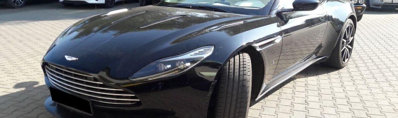 Aston Martin DB11 z 2017 r. na przeglądzie okresowym w serwisie samochodowym Auto Ars